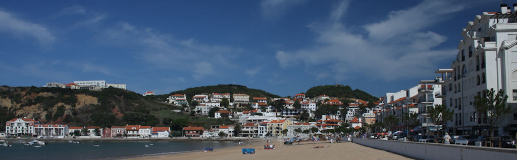 The bay of Sao Martinho do Porto